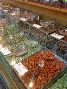 nuts and dried fruit at AI